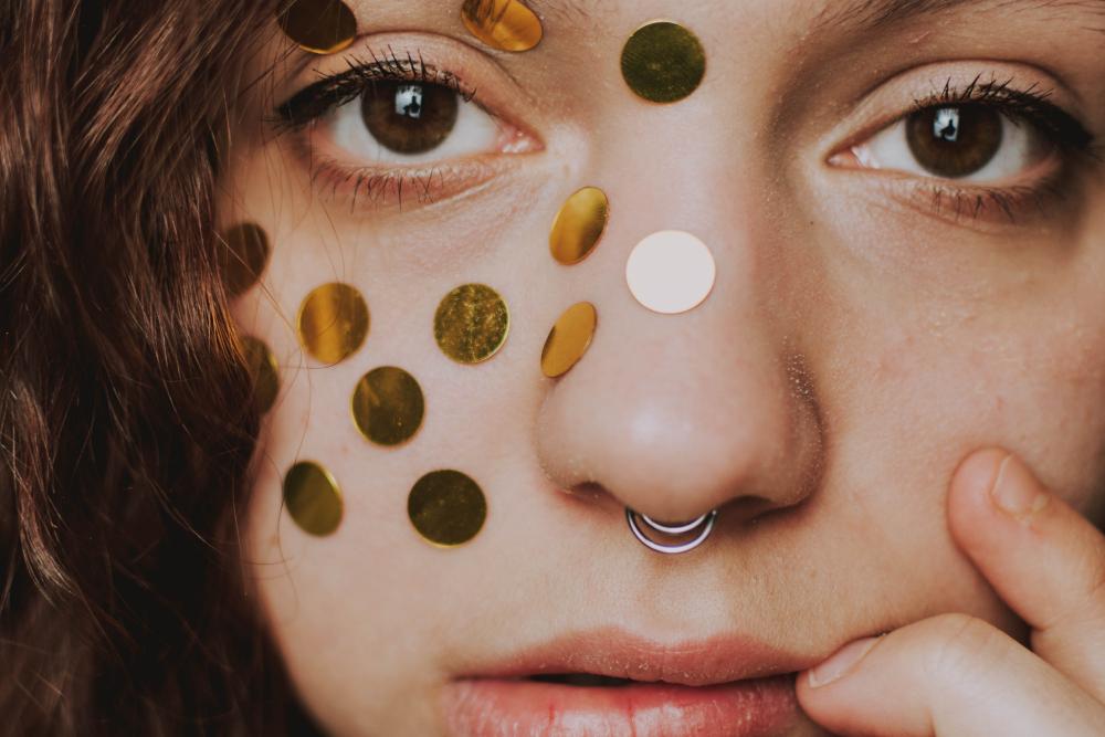 El sérum y las manchas en la piel